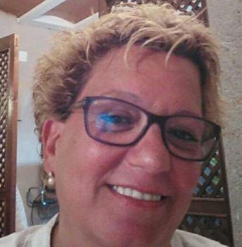 Anna S. Aide à domicile pour les personnes âgées Ref: 369108
